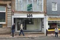 Primary Photo - 63 Fore St, Kingsbridge - Shop for rent - 1,035 sq ft