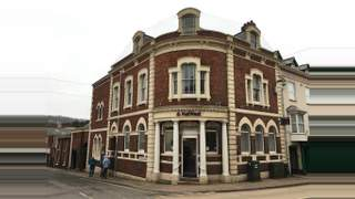 Primary Photo of 133 High St, Crediton