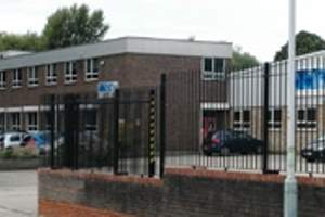 Primary Photo - River House, Uxbridge - Industrial unit for rent - 16,091 to 20,835 sq ft