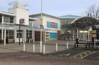 Primary Photo of Island Green Retail Park, Unit 5
