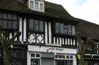 Primary Photo of 26 High St, East Grinstead