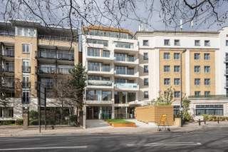 Primary Photo of The Claremont, London