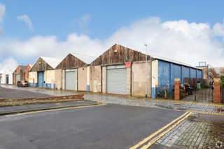Primary Photo of Units 1-3, Weir St