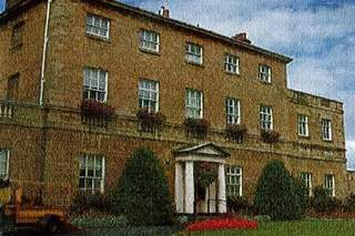 Primary Photo of Knaresborough House