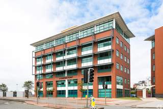 Primary Photo of 2 Caspian Point, Cardiff