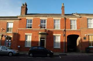 Primary Photo of 11-13 St Georges St