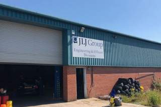 Building Photo - Harvey Court, Warrington - Industrial unit for rent - 2,836 to 6,361 sq ft