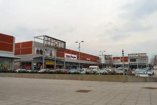 Primary Photo of Crown Point Retail Park