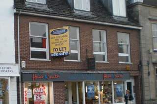 Primary Photo of 140 High St, Royal Wootton Bassett
