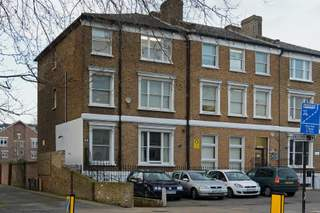 Primary Photo of 214-216 Goldhawk Rd