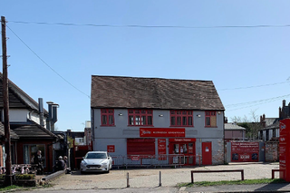Primary Photo of 50 London Rd