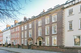 Primary Photo of 40 Queen Sq