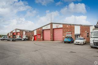 Primary Image - Lyon Industrial Estate, Bolton - Industrial unit for rent - 2,887 sq ft