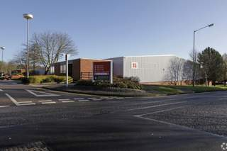 Primary Photo - Units 15-19, Highlands Rd, Monkspath Business Park, Solihull - Industrial unit for rent - 8,083 to 10,637 sq ft