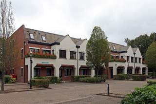 Primary Photo of Lincolns Inn Office Village