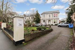 Primary photo of 26 Warwick New Rd