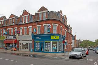 Primary Photo of 155 St Margarets Rd