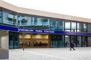 Primary photo of Finsbury Park Station
