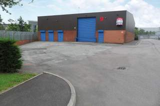 Primary Photo - Unit 9, Kettlebridge Rd, Parkway Link, Sheffield - Industrial unit for rent - 5,179 sq ft
