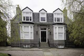 Primary Photo of 15 Carden Pl