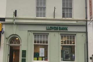 Primary Photo of 50 High St, Crickhowell