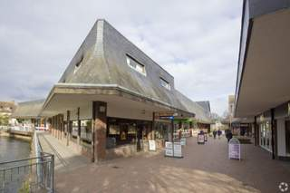 Primary Photo of Crown Mead Shopping Centre