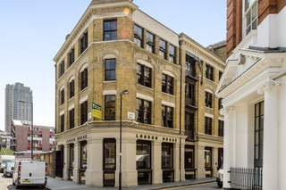 Primary Photo of London House, London