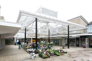 Primary Photo of Three Horseshoes Walk Shopping Centre