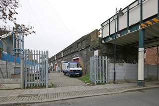 Primary Photo - Arches, London - Light industrial unit for rent - 800 sq ft
