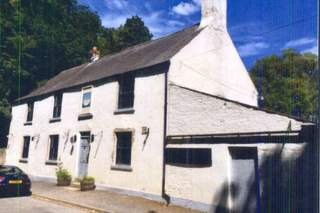 Primary Photo of The Half Moon Inn