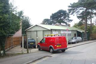 Primary Photo of 1 Church Rd, Southampton