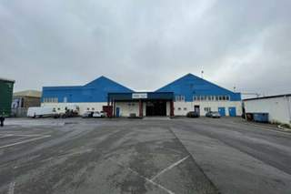 Primary Photo - Unit 8, Factory Rd, Standard Industrial Estate, London - Industrial unit for rent - 52,289 sq ft