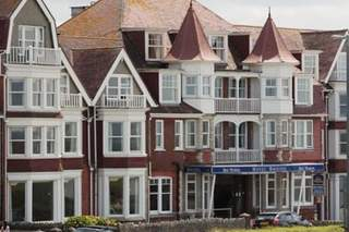 Primary Photo - Hotel Bristol, Newquay - Hospitality building for sale - 30,062 sq ft