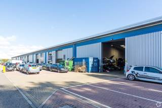 Primary Photo - Units 1 - 6, 6 Motherwell Way, The Cliffside Trade Park, Grays - Industrial unit for rent - 4,576 sq ft