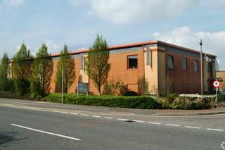 Primary Photo - Unit 1, Paddington Dr, Callenders Industrial Estate, Swindon - Industrial unit for rent - 664 to 4,074 sq ft