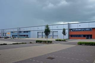 Primary Photo - Dunfermline Ct, Milton Keynes - Industrial unit for rent - 27,578 sq ft