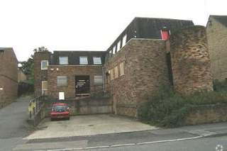 Primary Photo of Unit 1-4, Well St