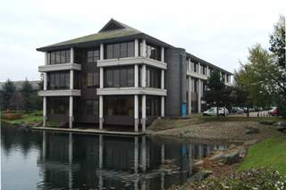 Primary Photo - Abbey House, Reading - Serviced office for rent - 50 to 29,570 sq ft