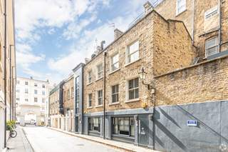 Primary Photo of 14 Stanhope Mews W