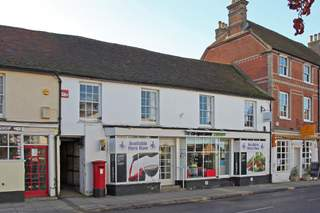 Primary Photo - 117 High St, Odiham - Shop for rent - 1,678 sq ft