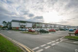 Primary Photo of Queens Retail Park, Units 1A-6 & 11