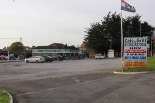 Primary Photo of Heathside Cafe Truckstop