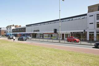 Primary Photo - 19-23 Lower Bridge St, Canterbury - Shop for rent - 1,179 sq ft