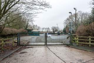 Primary Photo of Bescar Brow Ln