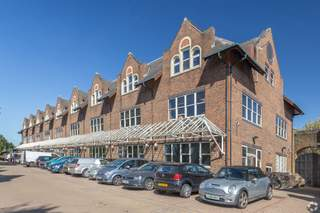 Primary Photo - Victoria Sq, St Albans - Serviced office for rent - 50 to 13,600 sq ft