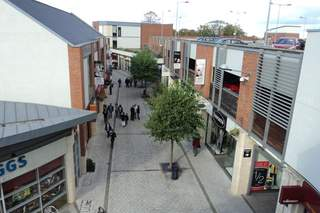 Primary Photo of Pescod Square Shopping Centre