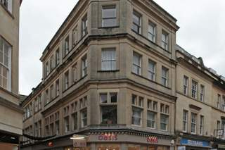 Primary Photo - 2 Cheap St, Bath - Shop for rent - 1,447 sq ft