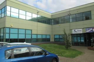 Primary Photo - Wellington Gate, Waterlooville - Office for rent - 7,500 sq ft