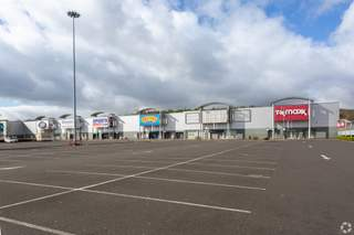 Primary Photo of Team Valley Retail Park, Units 13-13A