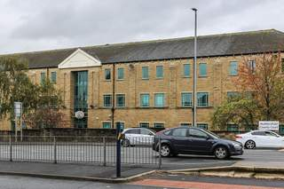 Primary Photo of Queensgate House